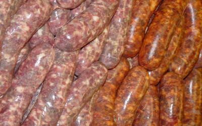 Sausage Making: A Few Recipes for the Hunters | Deer Management at