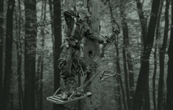 Treestand Safety While Deer Hunting